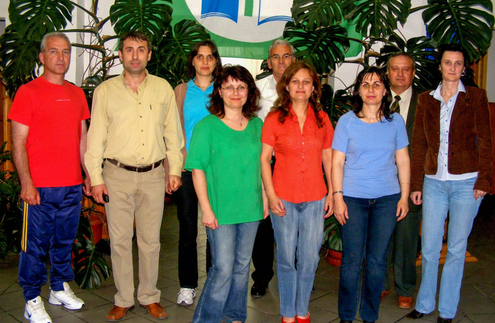 Galerie foto<br/>Înființare ASOCIAŢIA de PĂRINŢI - Şcoala George Topârceanu - Mioveni - Argeș - 2010